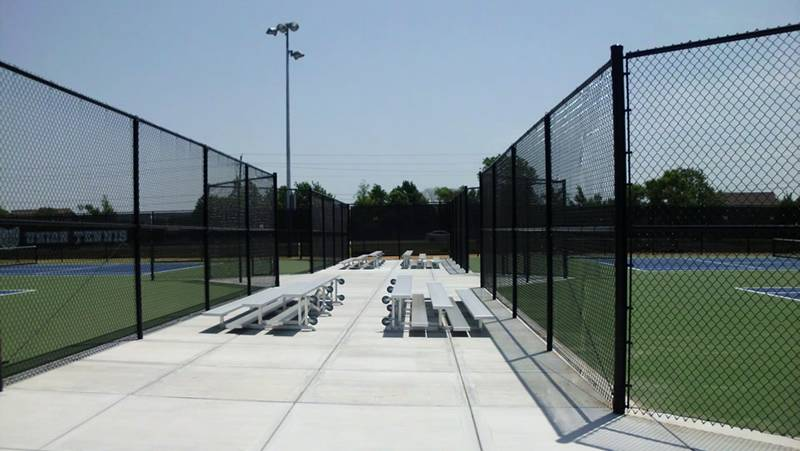 Black chain link fence is a popular tennis court fencing.
