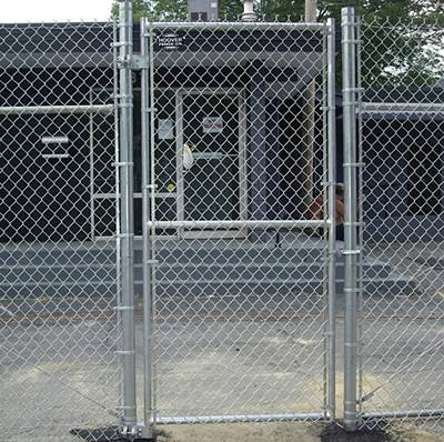 Commercial single swing gate with horizontal bracing.