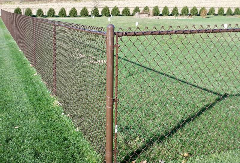 Vinyl Coated Chain Link Fence Makes Life Better