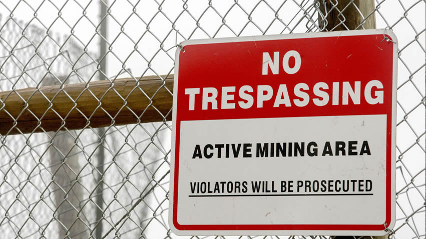 Chain Link Fence Used In Active/Abandoned Mining Area for Warning