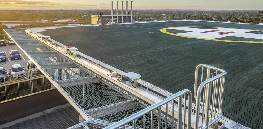 Chain Link Safety Panels Used For Rooftop Helipads And
