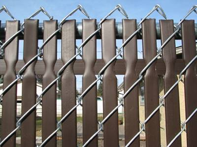 Top locking privacy slats for galvanized chain link fence.